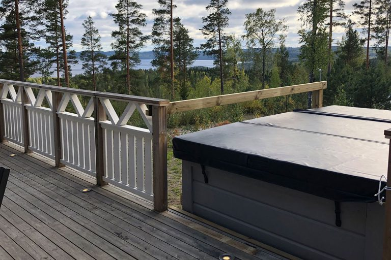 lumitahti_hot_tub_2